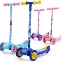 Kids Tri-Scooter avec nouveau moule (YVS-028)