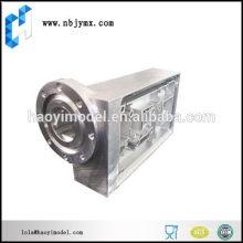 Металлические работы механической обработки с высокой степенью готовности.