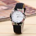 Fashion Women Casual Leather Band Quartz Wrist Watch