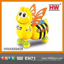Funny cartoon musical bee b/o bulk plastic animal toys for kids