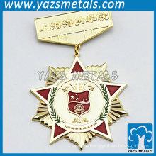 gold plating star flower shaped decorative badges for promotion