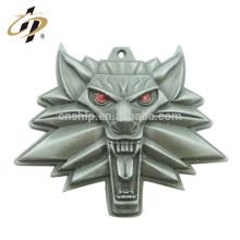 Elegante de moda promocional barato juego de lobo 3d de tronos colgante de metal