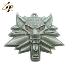 Fashionable Cheap Customized Promotional 3d wolf game of thrones metal pendant