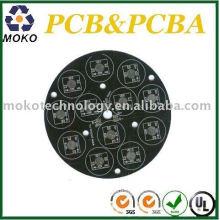 Pcb en aluminium de couleur de soudure noire pour le panneau mené