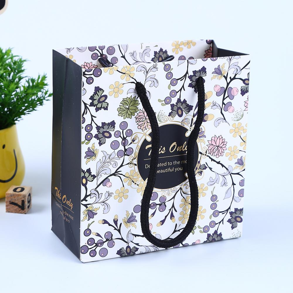 Fashion Gift Bag Packaging Paper Accepted