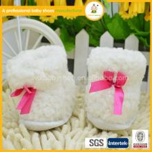 2015 100% algodón orgánico botas de invierno y zapatos de bebé para niña