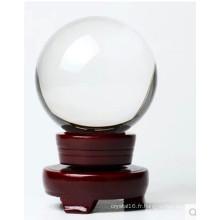 La popularité de la boule de cristal transparente de haute qualité