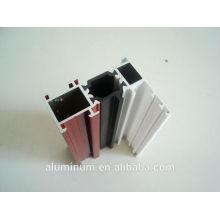 Profil de fenêtre en aluminium