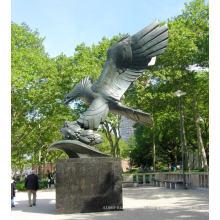 Высокое качество литой латунный Орел скульптура