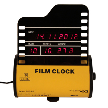Jam Digital Alarm Film Horisontal