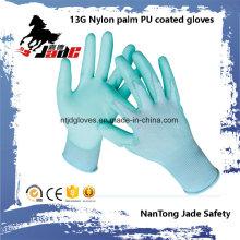 Guante de trabajo recubierto PU de nylon caliente de la palma de las ventas 13G