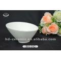 Tigela de sorvete de porcelana branca