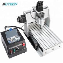 Máquina de trituração do CNC do metal de 3 linhas centrais mini