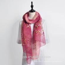 Bonne qualité belle 40% soie 60% laine motifs floraux écharpe de broderie en gros