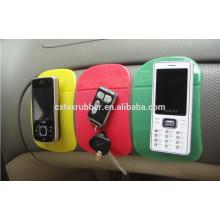 Tablero de instrumentos antideslizante del coche