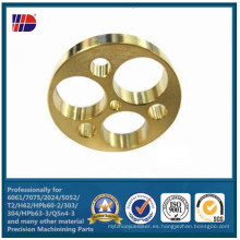 CNC que muele las piezas de automóvil de los agujeros de perforación de cobre amarillo (WKC-369)