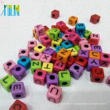 fabrication de bijoux faits à la main de couleur unie acrylique alphabet cube perles
