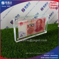 China 100 u. USA 1 Acryl Geld-Feld