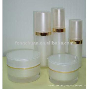 Empty acrylic round white lotion bottle set and cream jar cosmetic