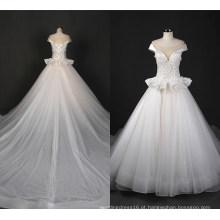 Elegante cetim decote vestido de noiva de lantejoulas Ballgown Zt7163