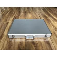Boîtes à outils en aluminium avec panneau blanc