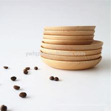 Plato de cena hecho a mano natural de madera para decoración