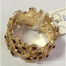 Lace Ring with Metal for Wedding Beauty