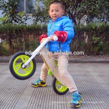 Moda venda quente brinquedo infantil bicicleta de educação de madeira (OEM / ODM) serviço crianças equilíbrio treinamento bicicleta de madeira