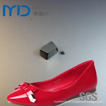 Stopper und Enden aus Leder Schuh Gürtelschnalle und Schnur mit Schrauben