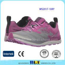 Mulheres de alta qualidade correndo sapatos de segurança do esporte