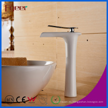 Fyeer Manufacturer White Paint Waterfall Grifo de recipiente de latón
