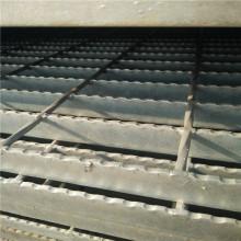 масса переливной решетки, кг м2
