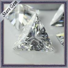 Bling Bling brillo claro blanco forma tringle diamante sintético cúbico zirconia para la joyería