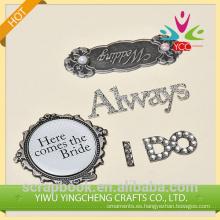 etiqueta engomada de piezas de artesanía de metal 2015 hangzhou yiwu caliente por mayor de boda artesanía