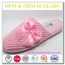 Best selling beautiful pink satin bow upper ladies home slipper