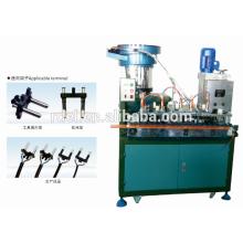 máquinas de producción de insertos de enchufe serie yh002