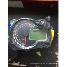 Einstellbarer Motorrad-Digital-Tachometer KOSO LCD Digitaler Kilometerzähler 299 MPH / KPH Universal für Motorrad einfach zu installieren