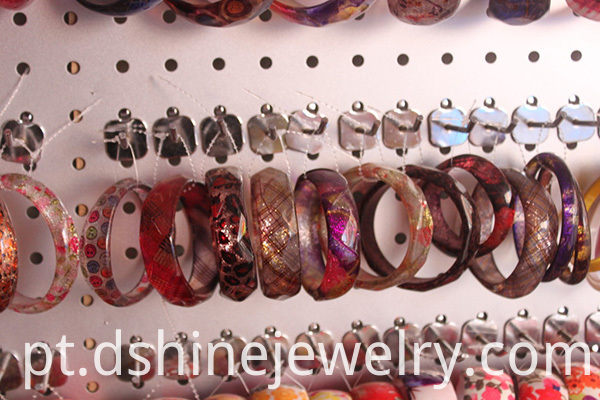 Fashion Acrylic Bangles