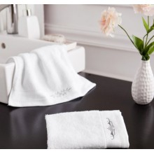 Canasin 5 Star Hotel Towels Luxury White Embroidery