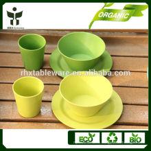 Набор из натуральной столовой посуды