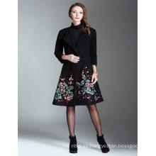 Alibaba alta calidad al por mayor OEM 2017 Guangzhou bordado señoras largo abrigo