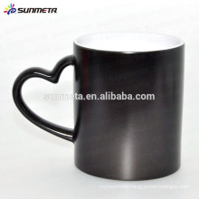 Black glossy matte custom color changing thermal mug with heart shape handle