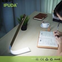 Lâmpada recarregável da proteção ocular de USB da venda quente de IPUDA para o quarto