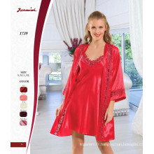 Ensemble à deux pièces Satin Red Lace Nightdress and Robe