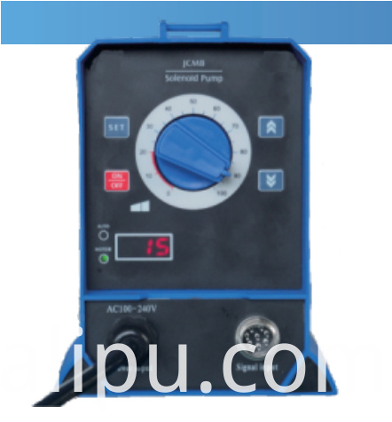 Solenoid metering pump manual control