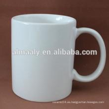 Taza de porcelana blanca forma personalizada