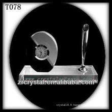 Magnifique horloge en cristal K9 T078