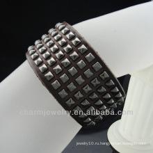 Оптовый классический кожаный браслет с заклепками для мужчин BGL-015