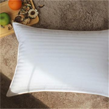 Oreiller de lit confortable et super doux de la collection d'hôtels de luxe