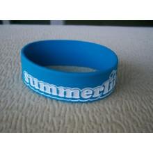 Bracelet en silicone personnalisé avec logo en creux ou imprimé